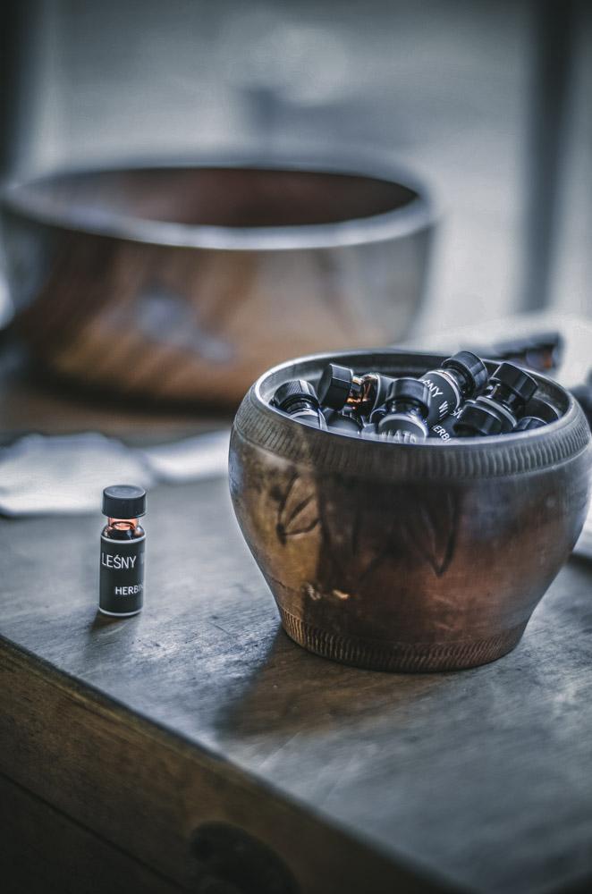 buteleczka z leśnym zapachem - olejki eteryczne Herbiness
