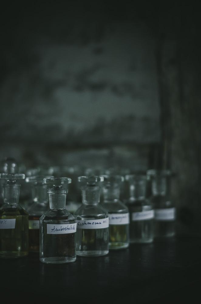 Buteleczki z piżmem syntetycznym